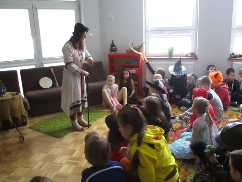Szkoła Pods. - baśnie na karnawał- Białystok