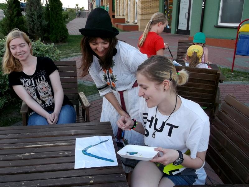 """Malują nie tylko dzieci! - ogródek """"Lokalna w Białymstoku"""""""