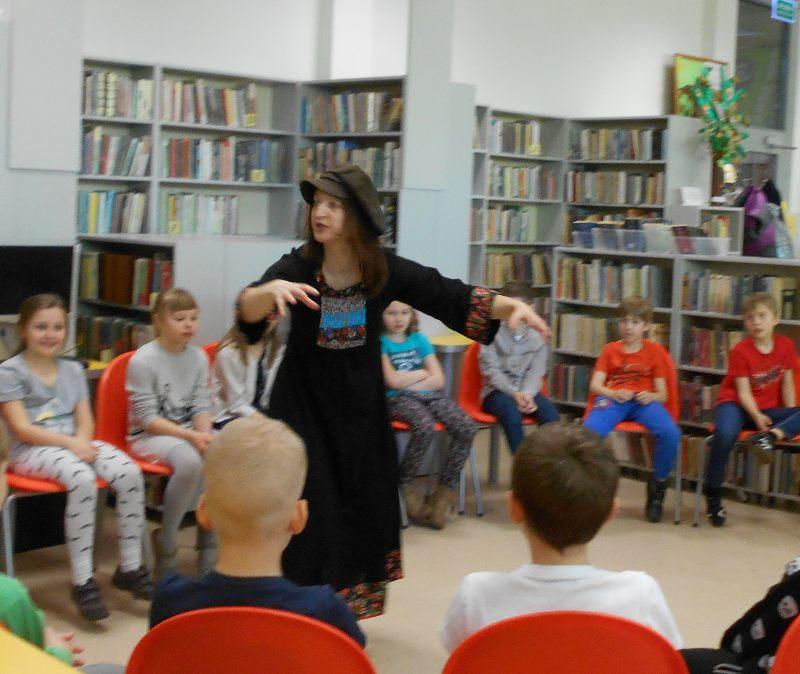 biblioteka, spotkanie z IIklasą