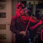 Radomir na skrzypcach gra